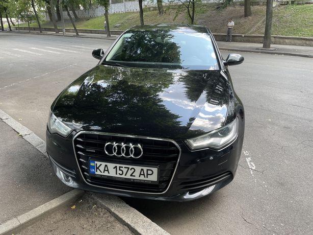 Audi A6 quattro (4x4) преміальний автомобіль