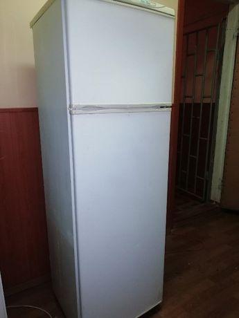 Продам 2х камерный холодильник Норд