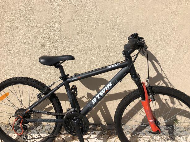 bicicleta BTWIN em aluminio