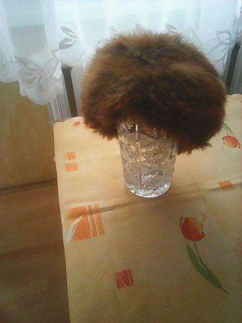 czapka z lisa rudego
