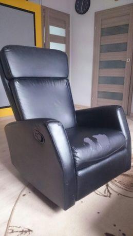 Fotel bujany z podnóżkiem z skóry ekologicznej