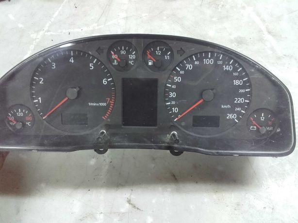 Licznik prędkościomierz audi a6 c5 fis benzyna