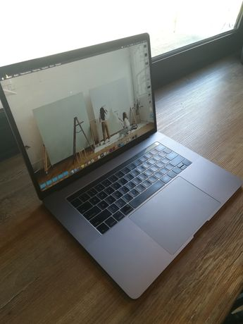 Macbook Pro 2016 touch bar