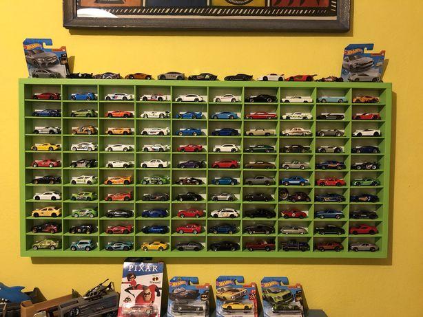 Hot Wheels - kolekcja resoraków, ciężarówek + półka
