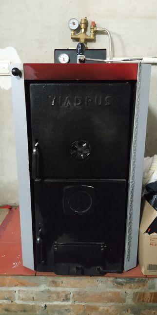Котел твердотопливный (чугунный) VIADRUS U22 D4 + БАК Drazice