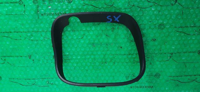 Kratka ramka zderzaka BMW X5 E53 701