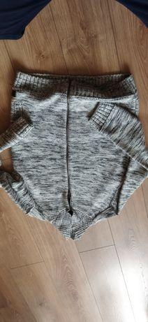 Sweterek dziecięcy rozmiar s