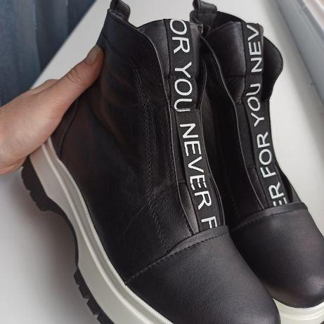 Кожані ботинки 37р(24см)