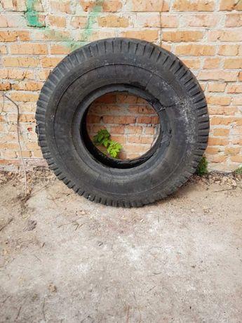 шини, скати, колеса на вигрібну яму різних розмірів