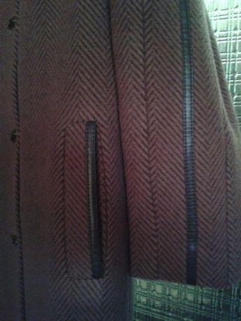 Пальто, зима(шерсть, пух)женское,шляпка каракуль к нему! Размер 46-50