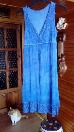Śliczna niebieska sukienka
