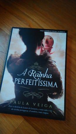 """Livro """"A Rainha Perfeitíssima"""" de Paula Veiga"""