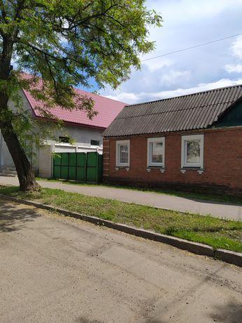 Продам дом в центре Чугуева, ул.Леонова.