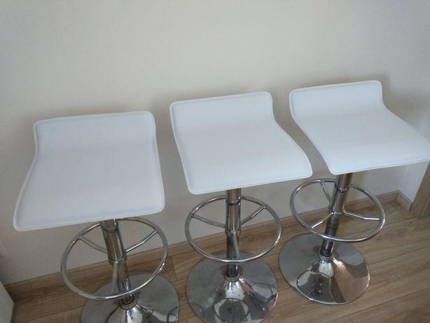 Hokery barowe białe