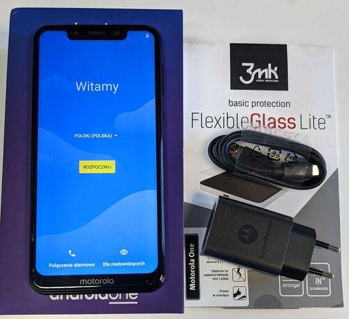 Motorola One XT1941-4 4/64GB z systemem Android One 10, zestaw