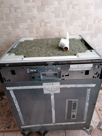Посудомоечной машинка SIEMENS