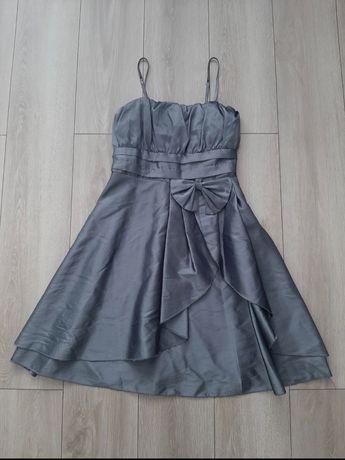 Stalowa sukienka