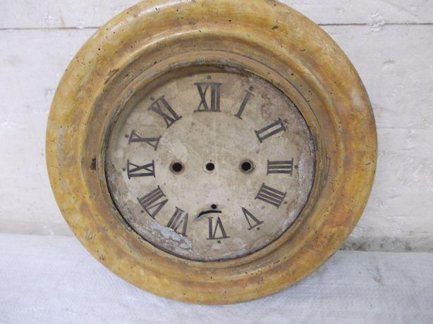 Przedwojenna zabytkowa obudowa i tarcza okrągłego zegara