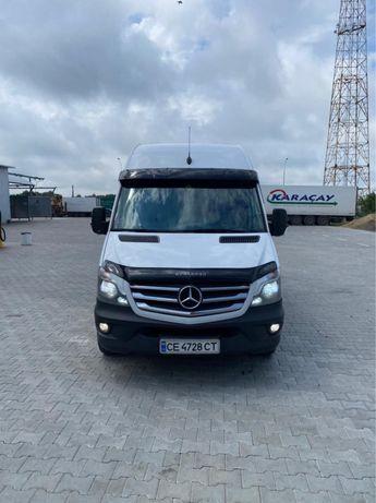 Mercedes-Benz Sprinter 318