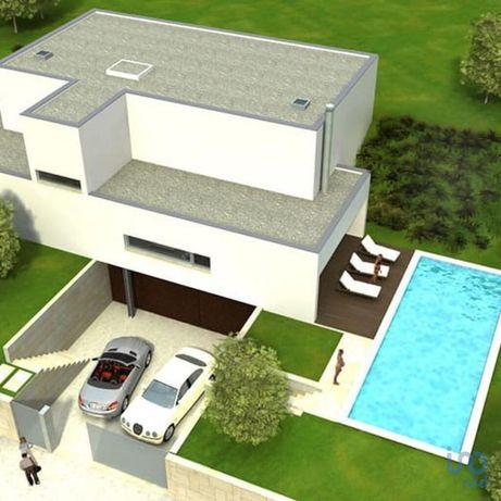 Terreno - 9000 m²