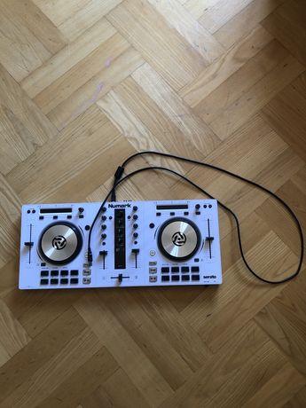 Konsola Dj Numark Mixtrack Pro III white Limited edition