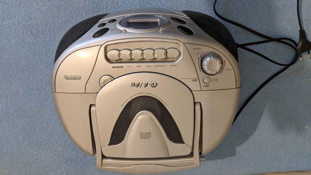 Radio magnetofon Uniwersum
