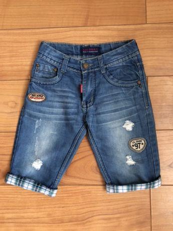 Джинсовые шорты на мальчика 6-7 лет.