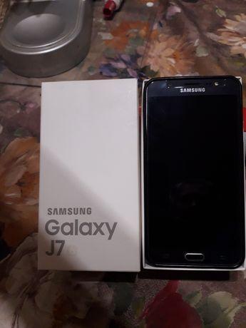 Телефон Samsung G7