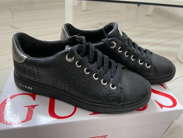 Czarne, skórzane sneakersy GUESS, 36, jak nowe