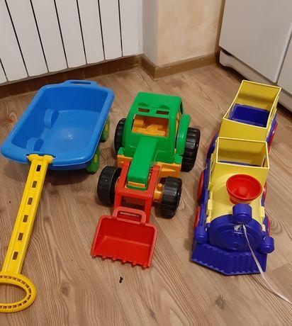Трактор-екскаватор+ поезд+каталка