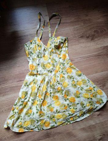 Letnia sukienka w kwiaty Warehouse S M rozkloszowana