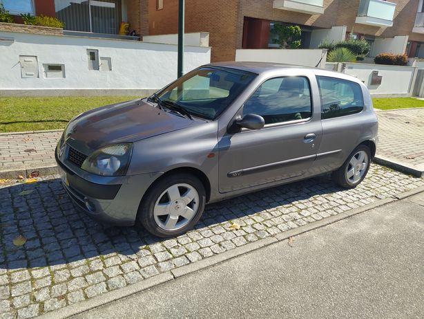 Renault Clio 1.2 5 lugares