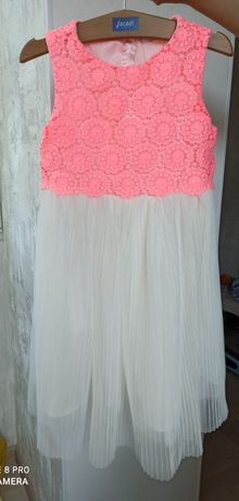 Нарядное платье pepco рост 122