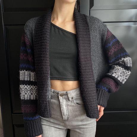 Светир в'язаний свитер джемпер кардиган з об'ємними рукавами s-m