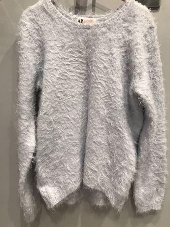 Włochaty sweter H&M r. 134/140