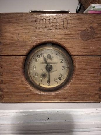 Zegar do lotów gołębi