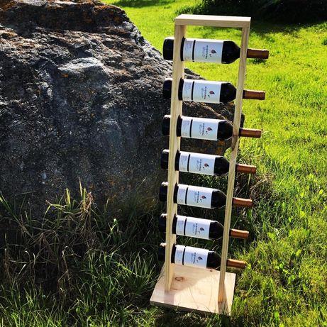 Peças em madeira feitas à mão
