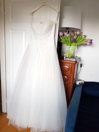 Suknia ślubna nowa r.36