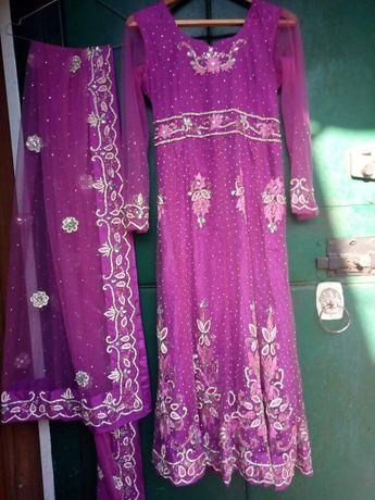Индийское платье (костюм)