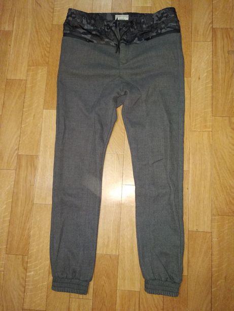Zara, Levis.Фирменные джинсы.