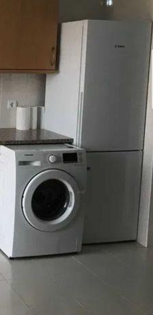 Máquina de lavar roupa Samsung e de lavar e secar de Encastrar Teka