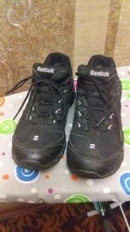 """Кросівки на хлопчика """"Rebook"""" в ідеальному стані."""