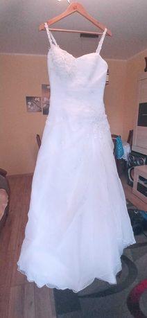 Sukienka ślubna biała