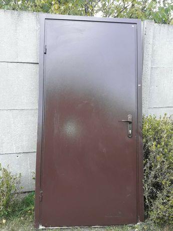 Продам входные двери