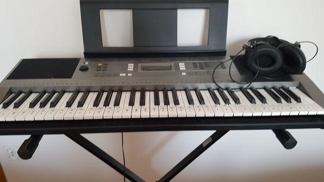 Keyboard Yamaha E353