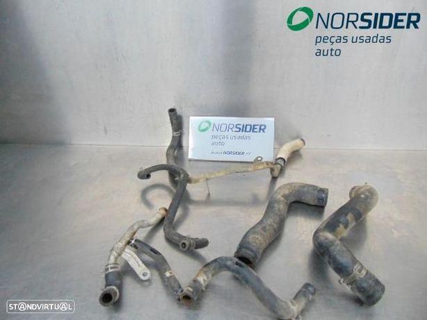 Conjunto de tubos de agua Mitsubishi L 200 Pick-Up|01-04