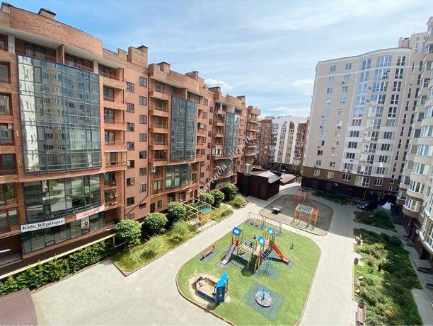 Перша здача. Двокімнатна квартира 65м2 біля Центрального парку. Вільна