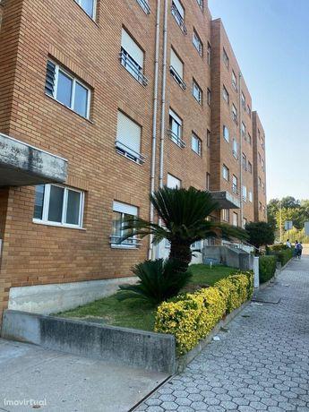 Apartamento T3 em Avintes junto ao Continente