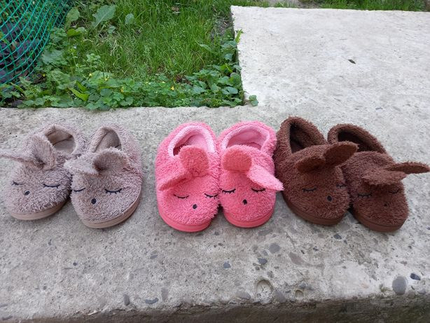 тапочки.взуття для садочка.для двійні .трійні