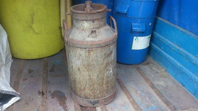 Beczka na mleko kanka zabytek używana staroć